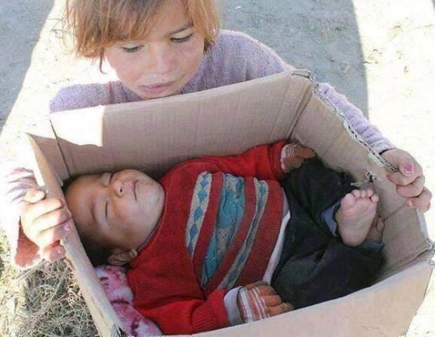 Suriyeli çocuklar donuyor... 10
