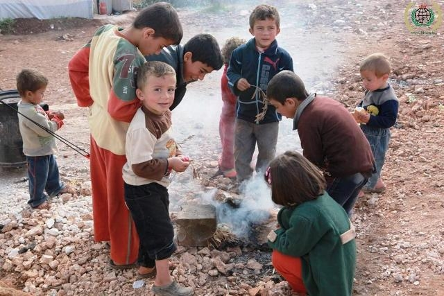 Suriyeli çocuklar donuyor... 9