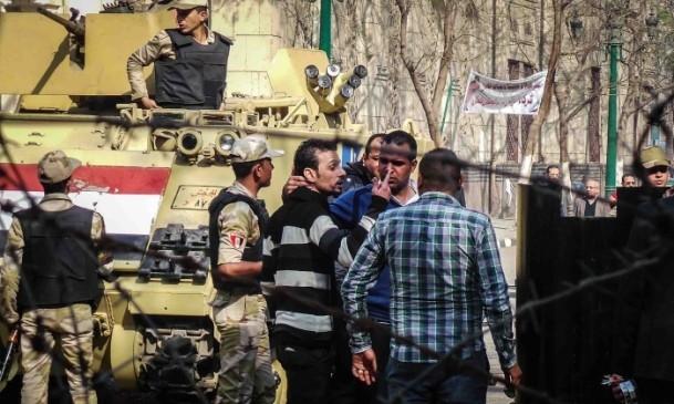 Mısır'da gösterilere gerçek mermiyle müdahale 6