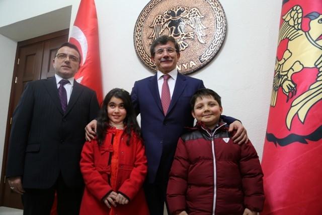Dışişleri Bakanı Davutoğlu ve Bakan Elvan, Konya'da 10