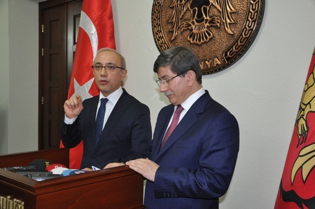 Dışişleri Bakanı Davutoğlu ve Bakan Elvan, Konya'da 20