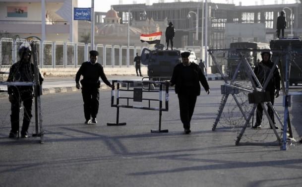 Mursi'nin yargılanması sürüyor 3