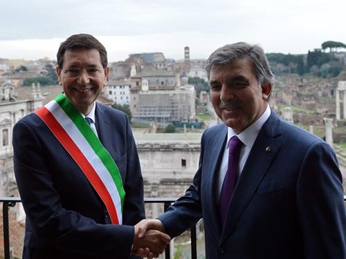Cumhurbaşkanı Abdullah Gül İtalya'da 10