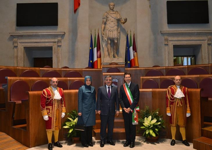 Cumhurbaşkanı Abdullah Gül İtalya'da 50