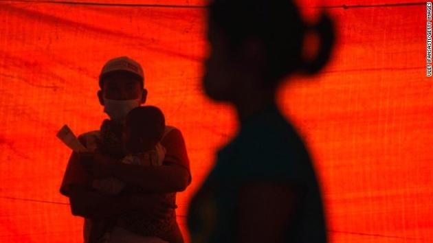 Endonezya'da yanardağ dehşeti 14