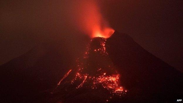 Endonezya'da yanardağ dehşeti 5