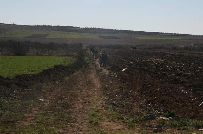 Türkmenler can havliyle Türkiye'ye kaçtı 4
