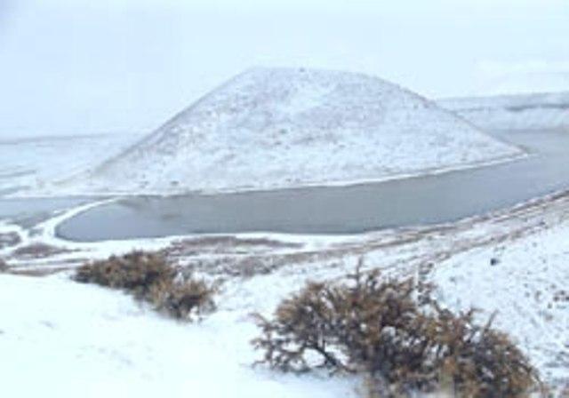 Meke Gölü'nde kar manzarası 11