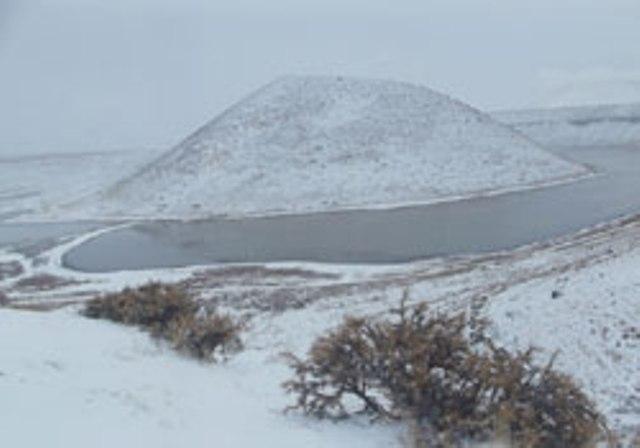 Meke Gölü'nde kar manzarası 12