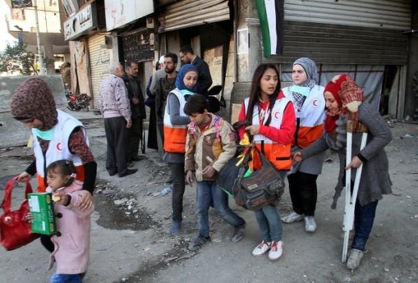Yermuk mülteci kampına 2 bin 500 adet yardım paketi 3