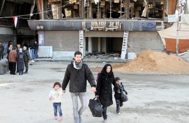 Yermuk mülteci kampına 2 bin 500 adet yardım paketi 8