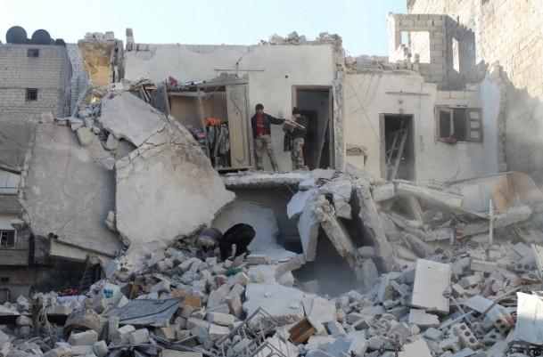 Esed yine varil bombasıyla vurdu 12