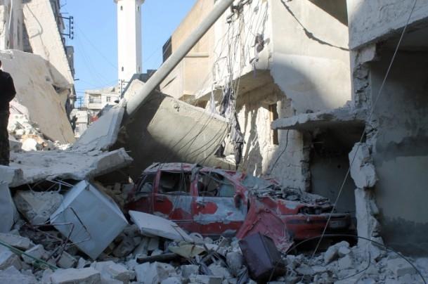 Esed yine varil bombasıyla vurdu 14
