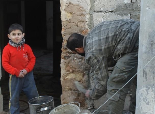 Esed yine varil bombasıyla vurdu 16