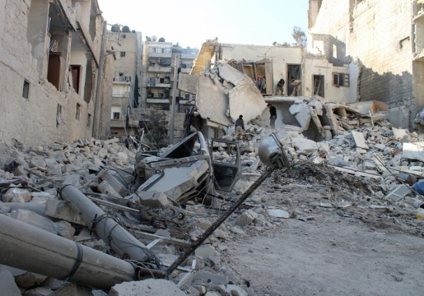 Esed yine varil bombasıyla vurdu 17