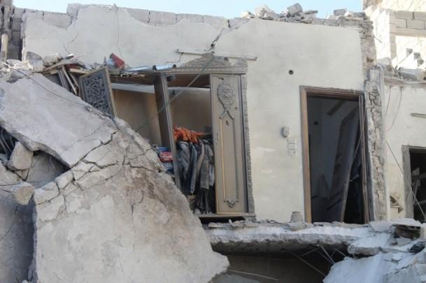 Esed yine varil bombasıyla vurdu 19
