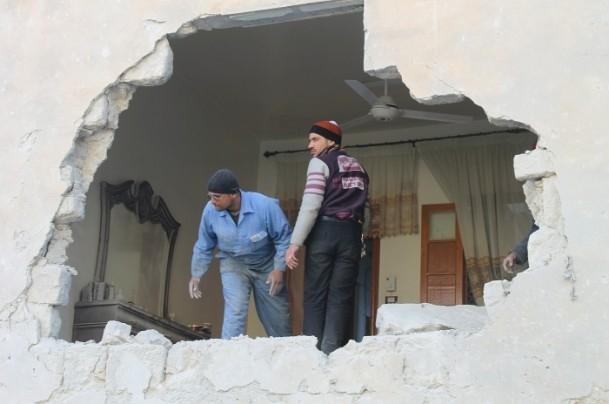 Esed yine varil bombasıyla vurdu 8