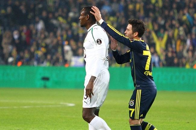 Fenerbahçe, Akhisar'ı 4-0 mağlup etti 1