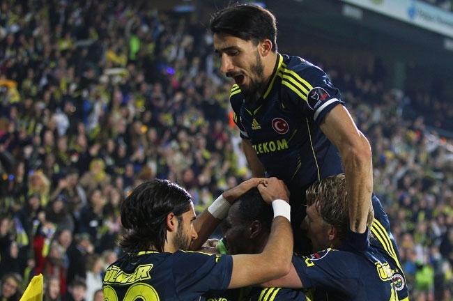 Fenerbahçe, Akhisar'ı 4-0 mağlup etti 6