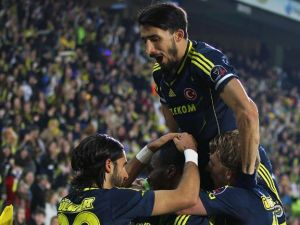 Fenerbahçe, Akhisar'ı 4-0 mağlup etti