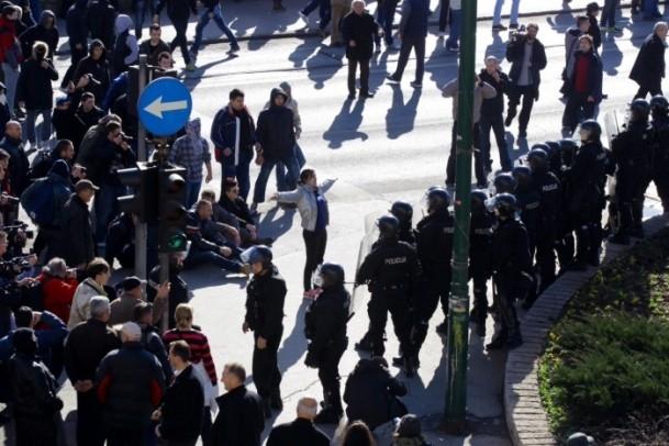 Bosna Hersek'te protestolar sürüyor 12