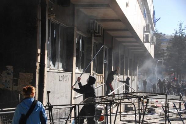 Bosna Hersek'te protestolar sürüyor 19
