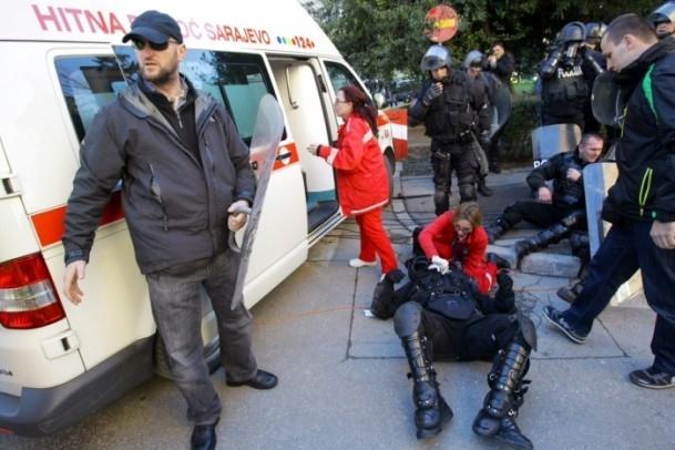 Bosna Hersek'te protestolar sürüyor 23