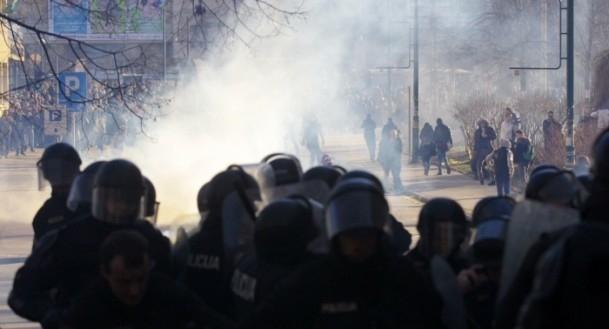 Bosna Hersek'te protestolar sürüyor 28