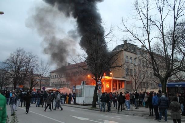 Bosna Hersek'te protestolar sürüyor 31