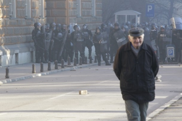Bosna Hersek'te protestolar sürüyor 8