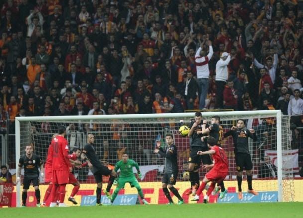 Arena'da Galatasaray kazandı 15