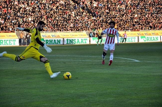 Sivasspor 2-Fenerbahçe 0 1