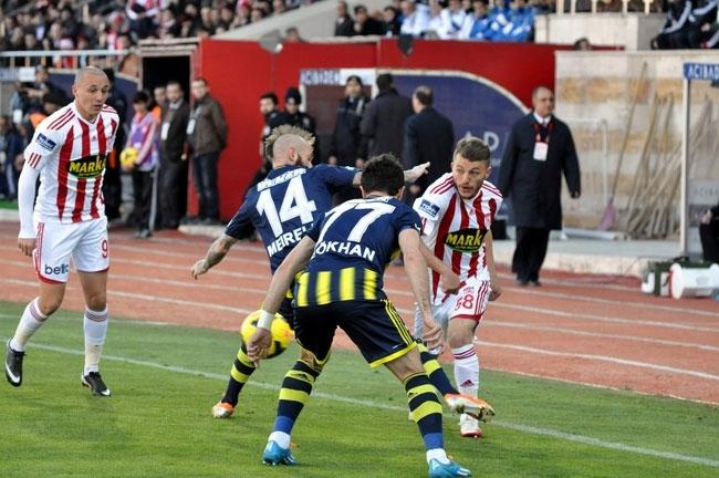 Sivasspor 2-Fenerbahçe 0 12