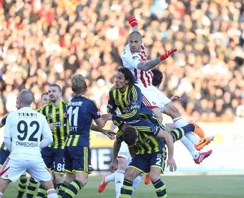 Sivasspor 2-Fenerbahçe 0 16
