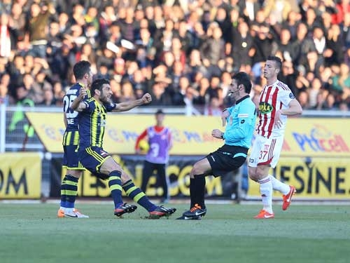 Sivasspor 2-Fenerbahçe 0 26