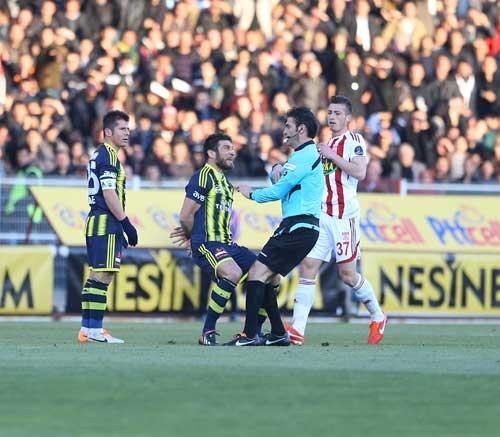 Sivasspor 2-Fenerbahçe 0 27