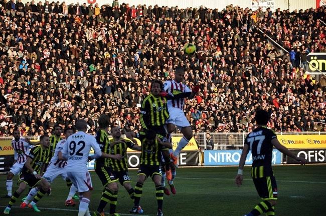 Sivasspor 2-Fenerbahçe 0 3