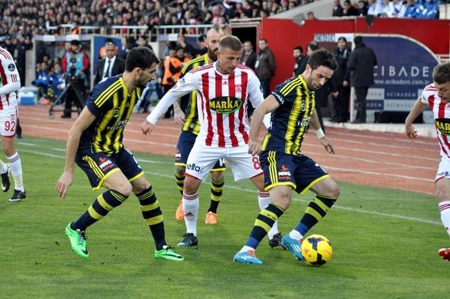 Sivasspor 2-Fenerbahçe 0 8