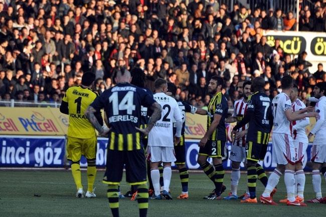 Sivasspor 2-Fenerbahçe 0 9