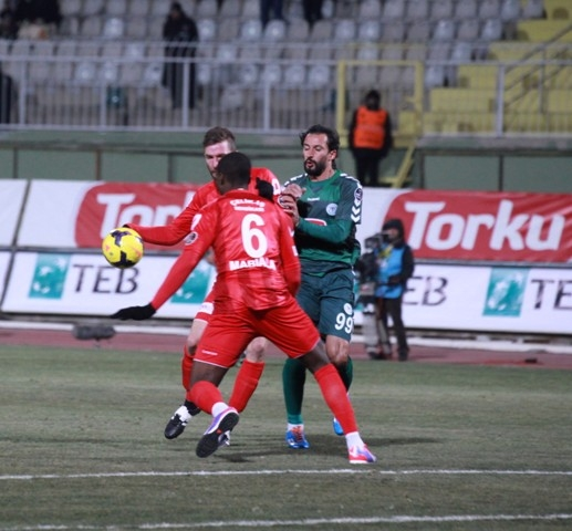 Torku Konyaspor: 2 - Karabükspor: 3 1