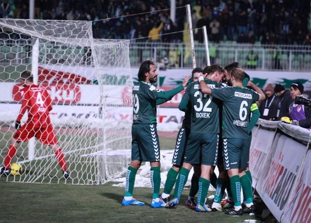 Torku Konyaspor: 2 - Karabükspor: 3 10