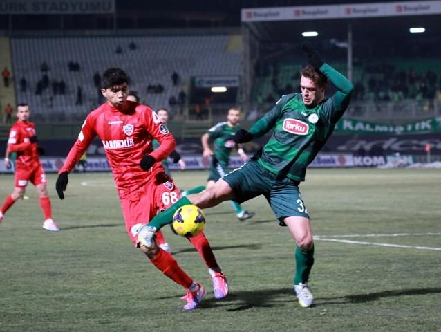 Torku Konyaspor: 2 - Karabükspor: 3 14