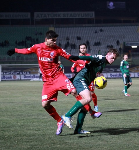 Torku Konyaspor: 2 - Karabükspor: 3 15