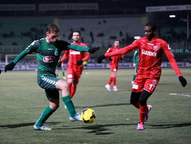 Torku Konyaspor: 2 - Karabükspor: 3 17