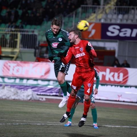 Torku Konyaspor: 2 - Karabükspor: 3 5