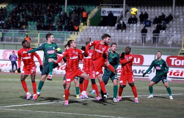 Torku Konyaspor: 2 - Karabükspor: 3 8