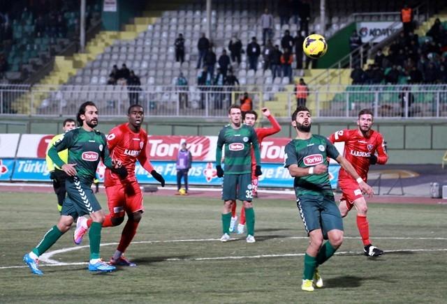 Torku Konyaspor: 2 - Karabükspor: 3 9