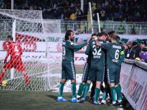 Torku Konyaspor: 2 - Karabükspor: 3
