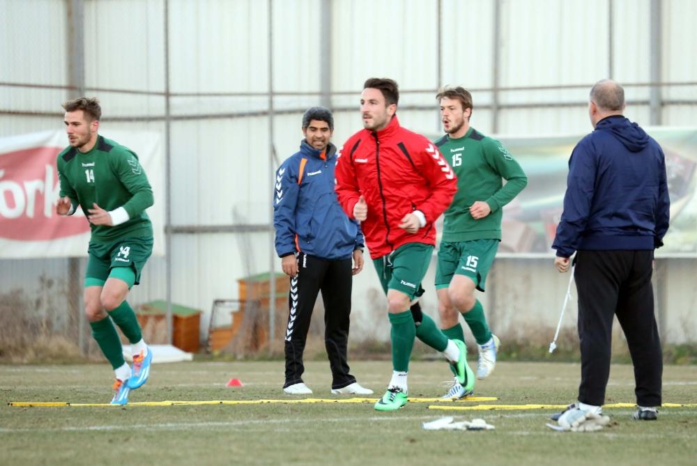 Torku Konyaspor'da neşeli antrenman 1