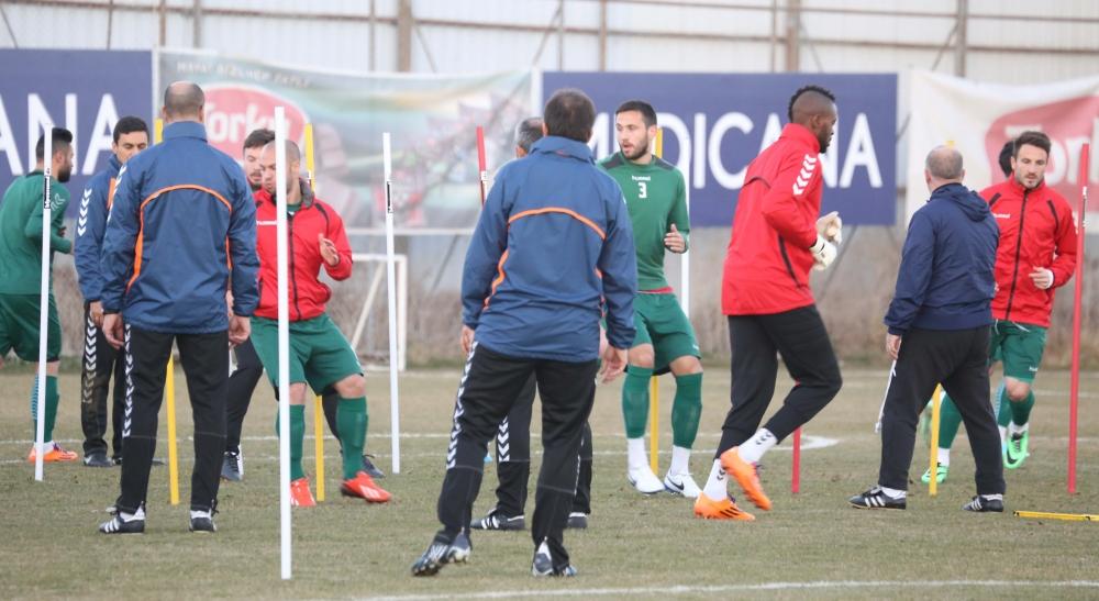 Torku Konyaspor'da neşeli antrenman 6
